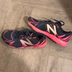 New Balance trainers navy blue and pink size 7